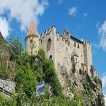 Schloss Kastelbell am Radweg